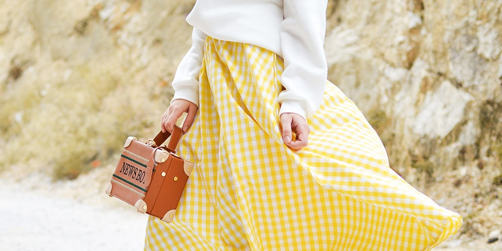 Yellow and white checkered maxi skirt outfit