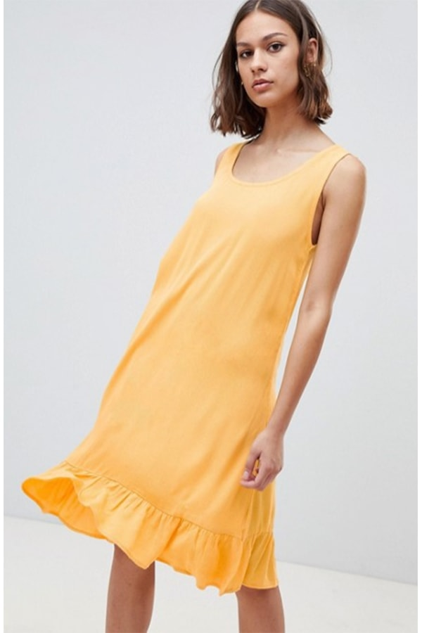 Yellow drop waist dress for a picnic outfit