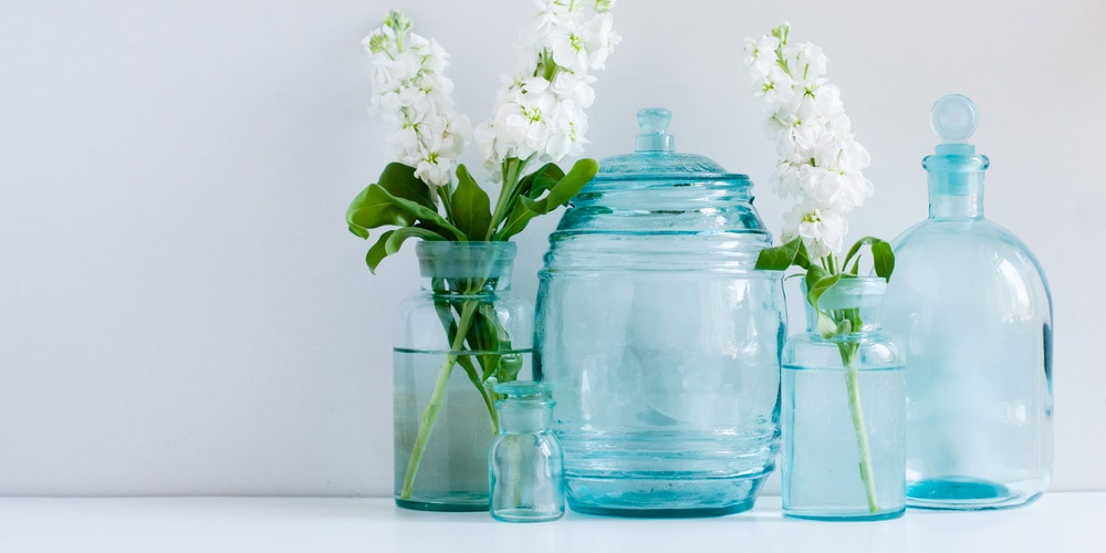 Vases and white flowers
