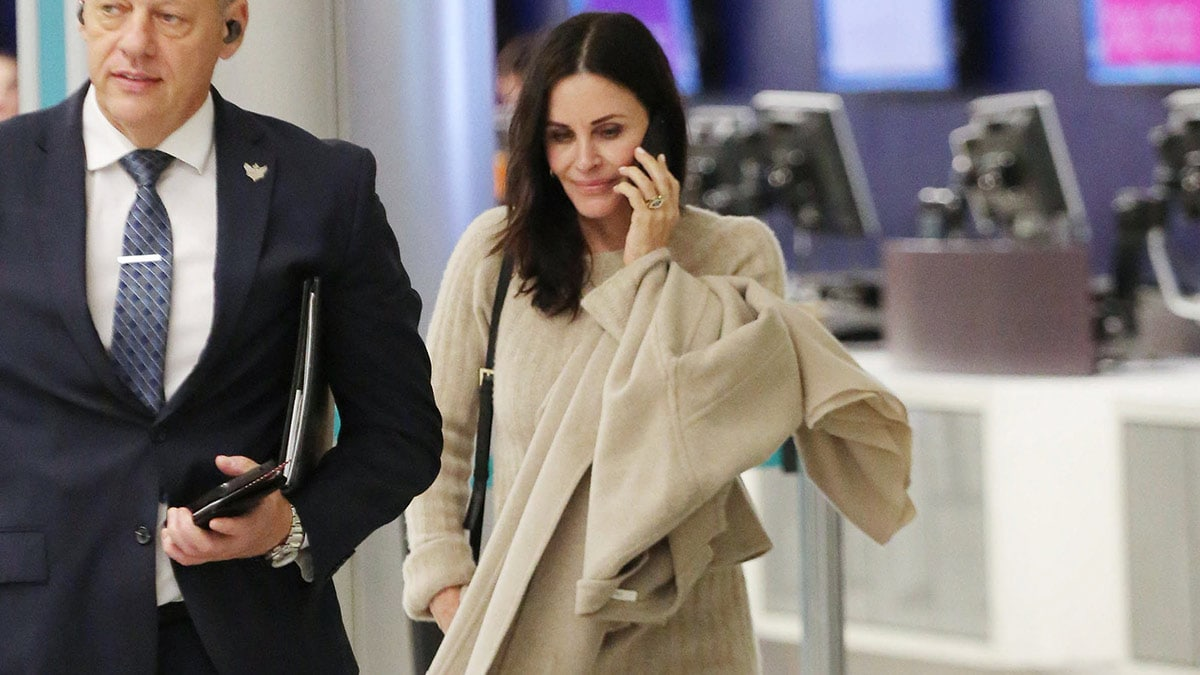 Courteney Cox in the airport