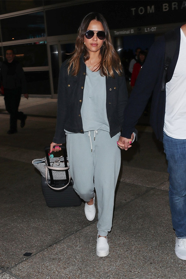 Jessica Alba wearing a casual outfit in the airport.