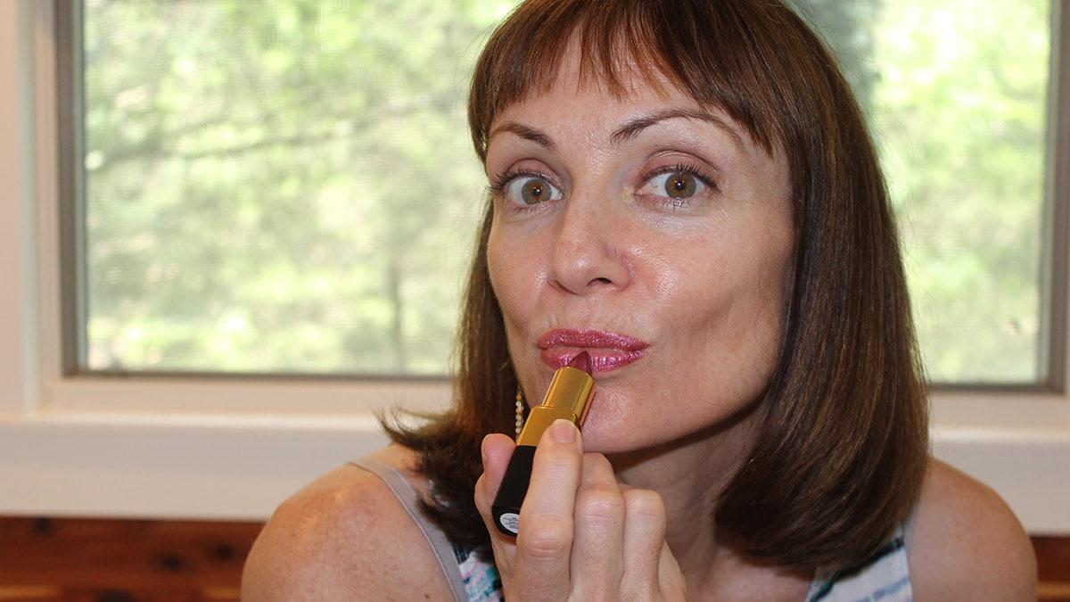all-natural makeup 1