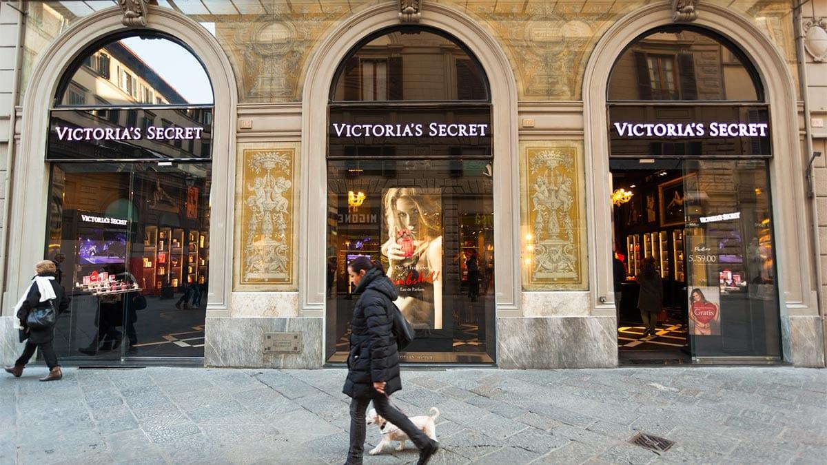 Exterior of Victoria's Secret store