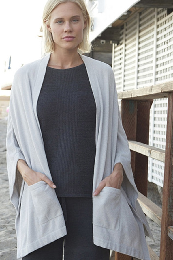 Gray wrap with pockets
