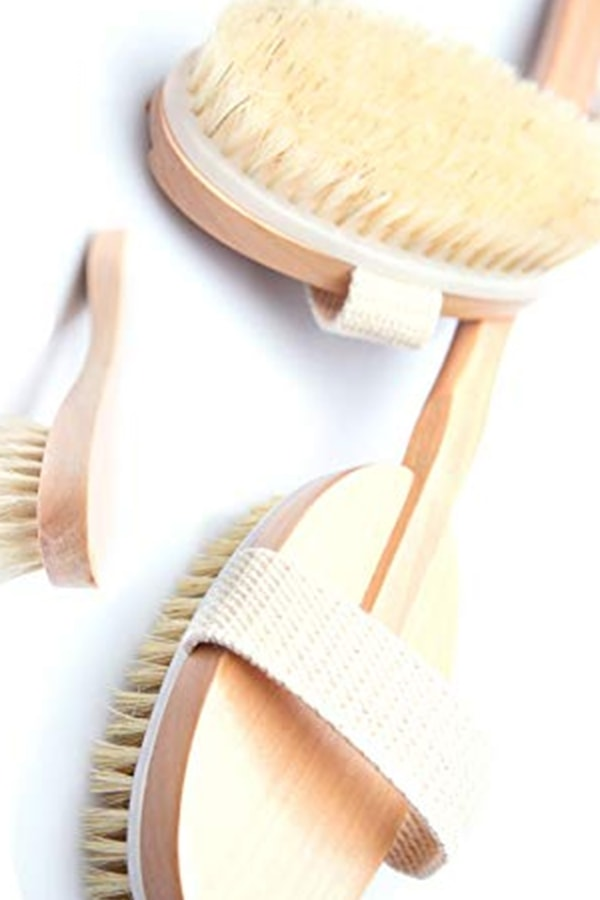 Dry brushing set