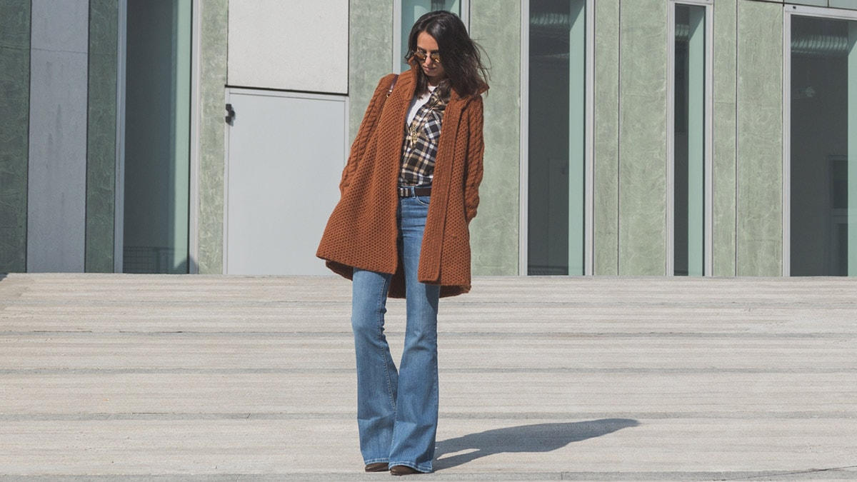 They're Chic. They're Edgy. Here's How To Wear Wide-Legged Jeans Now