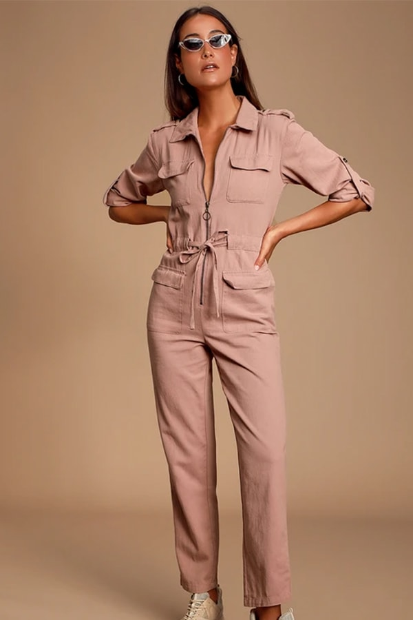 Mauve jumpsuit, a dupe of the one worn by Tracee Ellis Ross