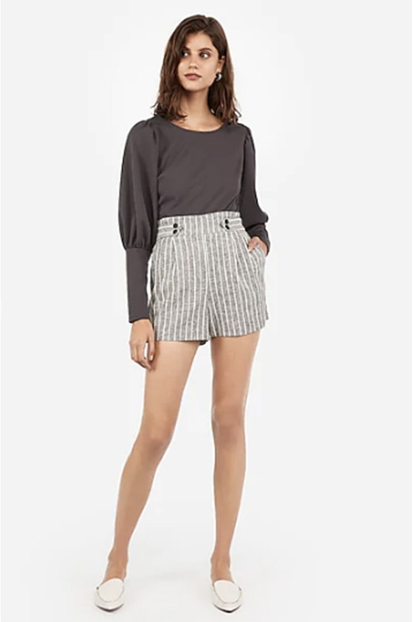 Woman wearing linen shorts