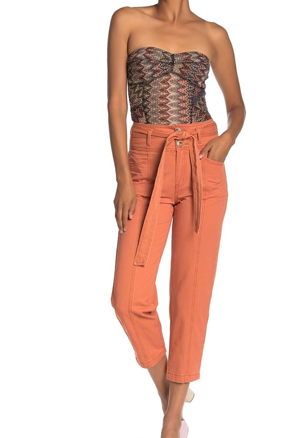 High waist capri pants with belted waist