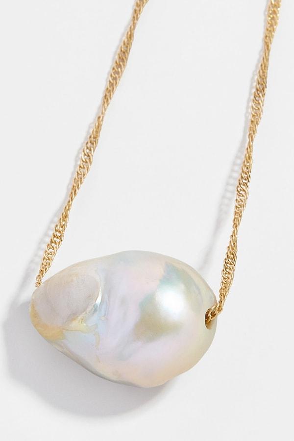 Bauble Bar pendant necklace
