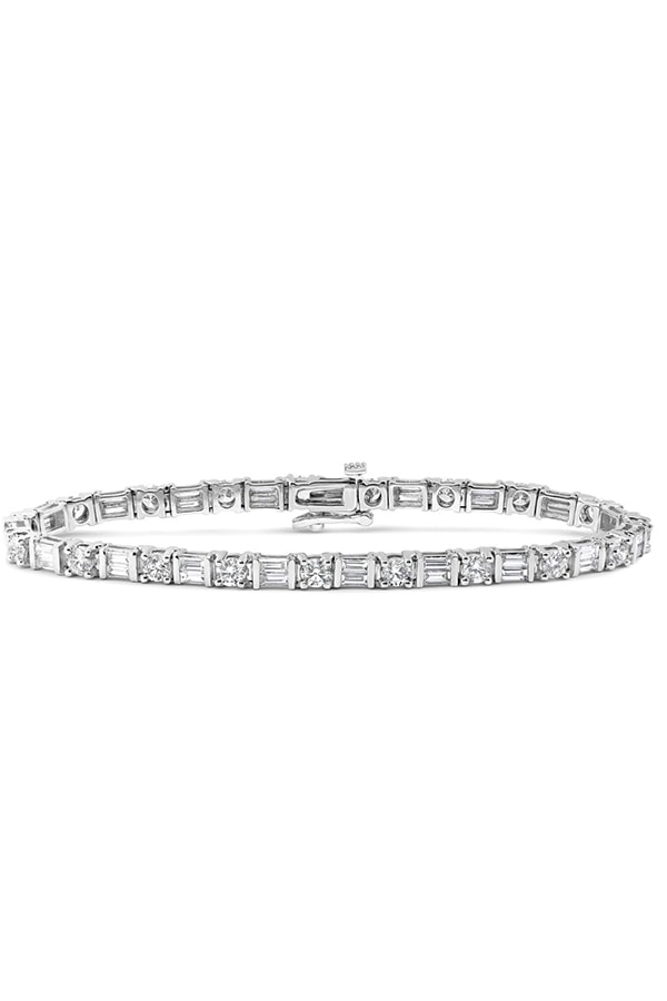 Diamond tennis bracelet from Roman Malakov