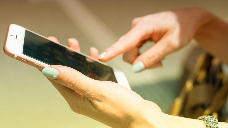 Female handings using app