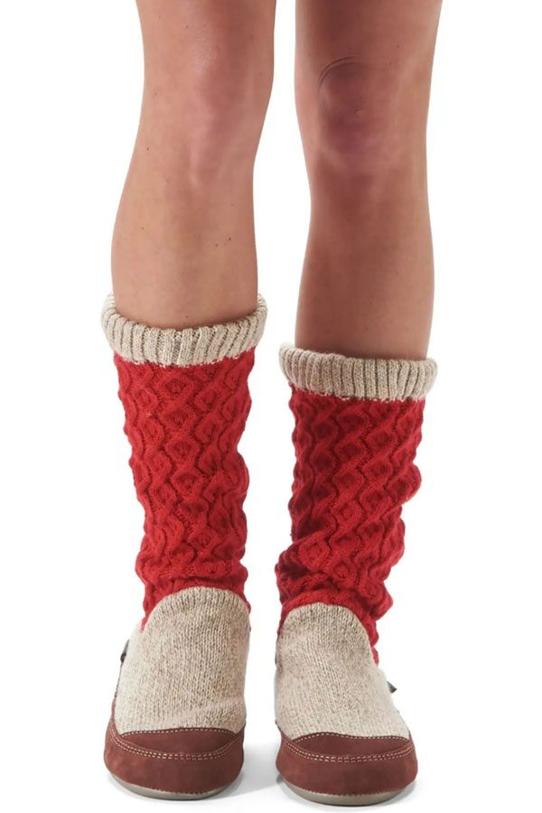 Slipper boot in red and beige