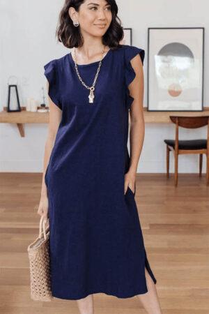 Navy midi dress by Tandeu.